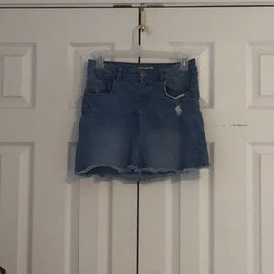 Blue denim skirt!